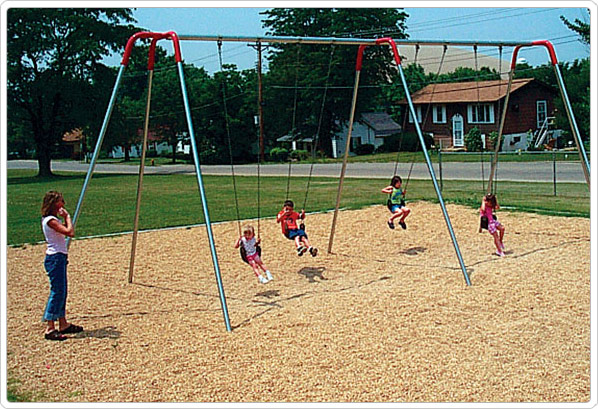Heavy Duty Modern Swings Playground Equipment For Commercial
